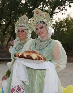 """Ансамбль """"Весенние Зори"""" в песенной эстафете """"Песни над Доном"""""""