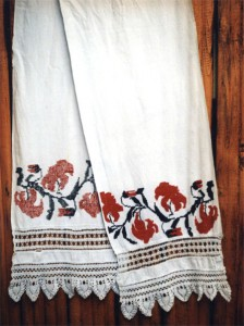Русские полотенца - праздничное убранство избы